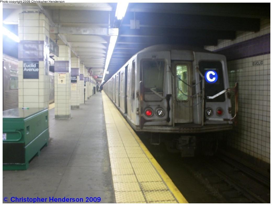 (144k, 1044x788)<br><b>Country:</b> United States<br><b>City:</b> New York<br><b>System:</b> New York City Transit<br><b>Line:</b> IND Fulton Street Line<br><b>Location:</b> Euclid Avenue <br><b>Route:</b> C<br><b>Car:</b> R-40 (St. Louis, 1968)   <br><b>Photo by:</b> Christopher Henderson<br><b>Date:</b> 1/1/2009<br><b>Notes:</b> Last Day of R40/R42 cars on the C; the C would return to R32/R38s<br><b>Viewed (this week/total):</b> 1 / 1755