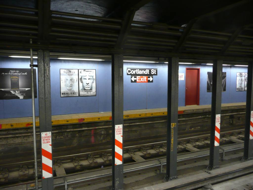 (109k, 1024x768)<br><b>Country:</b> United States<br><b>City:</b> New York<br><b>System:</b> New York City Transit<br><b>Line:</b> BMT Broadway Line<br><b>Location:</b> Cortlandt Street-World Trade Center <br><b>Photo by:</b> Robbie Rosenfeld<br><b>Date:</b> 11/25/2009<br><b>Notes:</b> View of platform during Fulton Transit Ctr construction.<br><b>Viewed (this week/total):</b> 3 / 1382