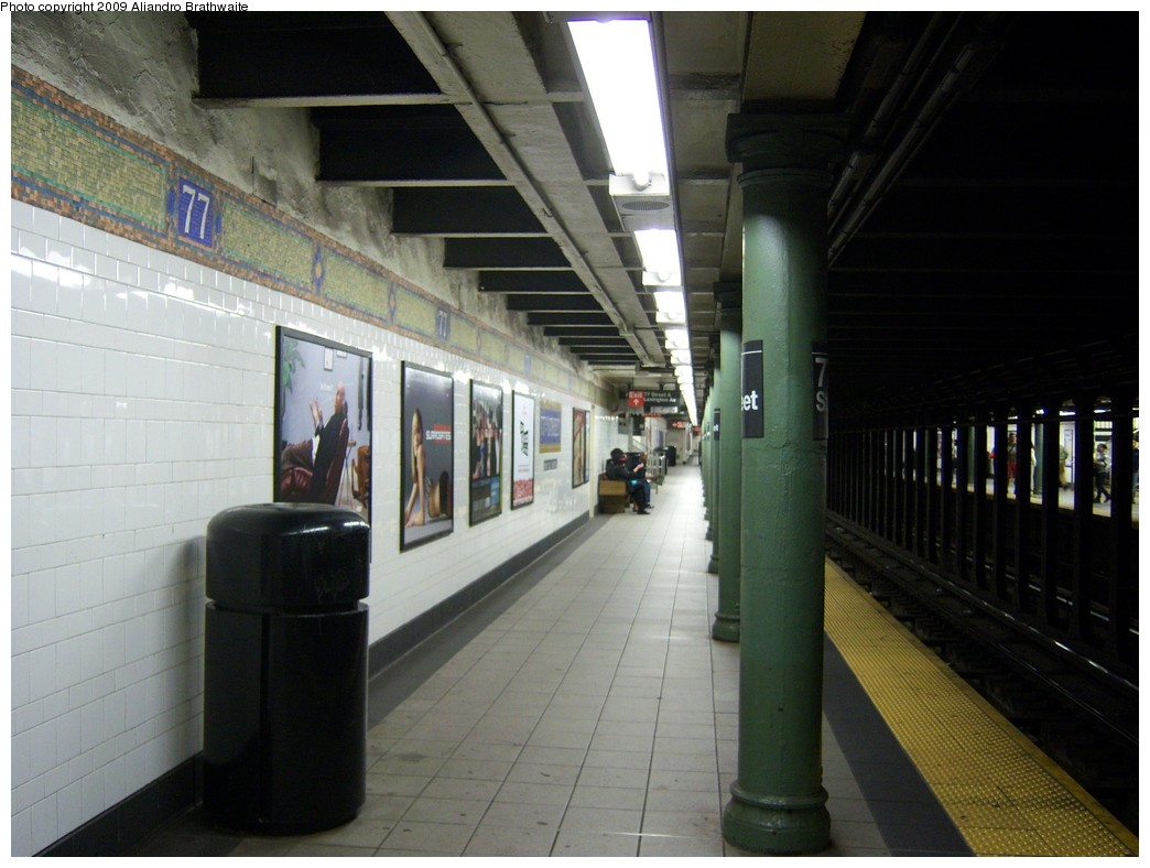 (199k, 1044x788)<br><b>Country:</b> United States<br><b>City:</b> New York<br><b>System:</b> New York City Transit<br><b>Line:</b> IRT East Side Line<br><b>Location:</b> 77th Street <br><b>Photo by:</b> Aliandro Brathwaite<br><b>Date:</b> 8/31/2009<br><b>Notes:</b> Platform view.<br><b>Viewed (this week/total):</b> 3 / 1265