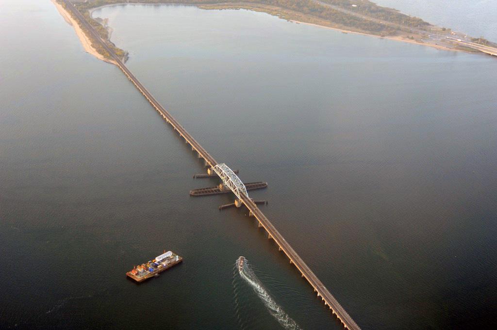 (171k, 1024x681)<br><b>Country:</b> United States<br><b>City:</b> New York<br><b>System:</b> New York City Transit<br><b>Line:</b> IND Rockaway<br><b>Location:</b> North Channel Bridge <br><b>Photo by:</b> Richard Panse<br><b>Date:</b> 10/20/2009<br><b>Notes:</b> View of the North Channel bridge from airplane.<br><b>Viewed (this week/total):</b> 0 / 2128