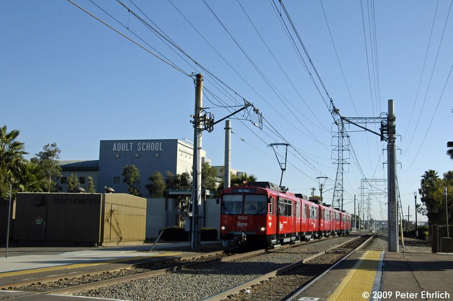 (181k, 930x618)<br><b>Country:</b> United States<br><b>City:</b> San Diego, CA<br><b>System:</b> San Diego Trolley<br><b>Line:</b> San Diego Trolley-Blue Line<br><b>Location:</b> 24th Street <br><b>Car:</b> Siemens U2  1035 <br><b>Photo by:</b> Peter Ehrlich<br><b>Date:</b> 11/17/2009<br><b>Notes:</b> Inbound<br><b>Viewed (this week/total):</b> 1 / 597