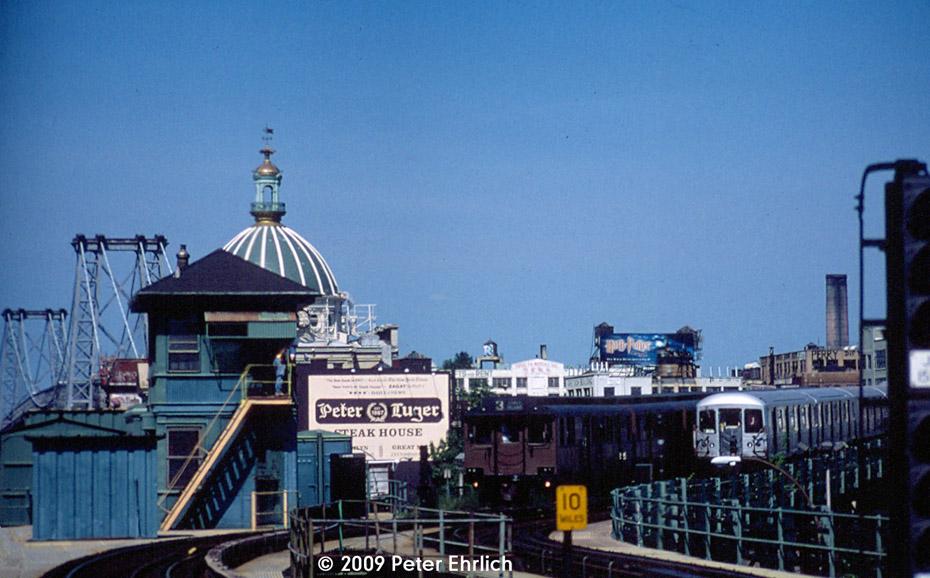 (173k, 930x578)<br><b>Country:</b> United States<br><b>City:</b> New York<br><b>System:</b> New York City Transit<br><b>Line:</b> BMT Nassau Street/Jamaica Line<br><b>Location:</b> Marcy Avenue <br><b>Route:</b> Fan Trip<br><b>Car:</b> BMT D-Type Triplex 6019 <br><b>Photo by:</b> Peter Ehrlich<br><b>Date:</b> 8/26/2001<br><b>Notes:</b> With R42 4731 inbound.<br><b>Viewed (this week/total):</b> 1 / 1599