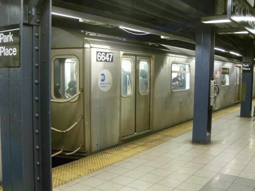 (150k, 1024x768)<br><b>Country:</b> United States<br><b>City:</b> New York<br><b>System:</b> New York City Transit<br><b>Line:</b> IRT West Side Line<br><b>Location:</b> Park Place<br><b>Route:</b> 2<br><b>Car:</b> R-142 (Primary Order, Bombardier, 1999-2002) 6647 <br><b>Photo by:</b> Leonard Wilson<br><b>Date:</b> 10/10/2009<br><b>Viewed (this week/total):</b> 1 / 2330