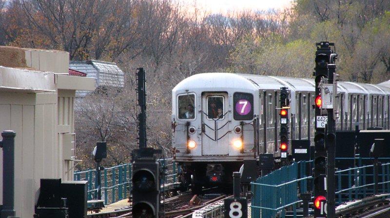 (108k, 800x449)<br><b>Country:</b> United States<br><b>City:</b> New York<br><b>System:</b> New York City Transit<br><b>Line:</b> IRT Flushing Line<br><b>Location:</b> Willets Point/Mets (fmr. Shea Stadium) <br><b>Route:</b> 7<br><b>Car:</b> R-62A (Bombardier, 1984-1987)   <br><b>Photo by:</b> Bill E.<br><b>Date:</b> 11/27/2009<br><b>Viewed (this week/total):</b> 0 / 839