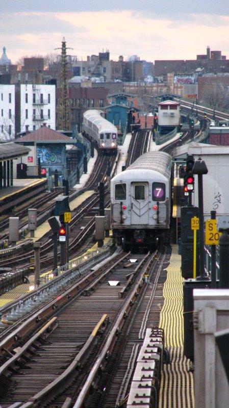 (105k, 449x800)<br><b>Country:</b> United States<br><b>City:</b> New York<br><b>System:</b> New York City Transit<br><b>Line:</b> IRT Flushing Line<br><b>Location:</b> 74th Street/Broadway <br><b>Route:</b> 7<br><b>Car:</b> R-62A (Bombardier, 1984-1987)   <br><b>Photo by:</b> Bill E.<br><b>Date:</b> 11/27/2009<br><b>Notes:</b> View toward Woodside from 74th/Broadway<br><b>Viewed (this week/total):</b> 0 / 1308