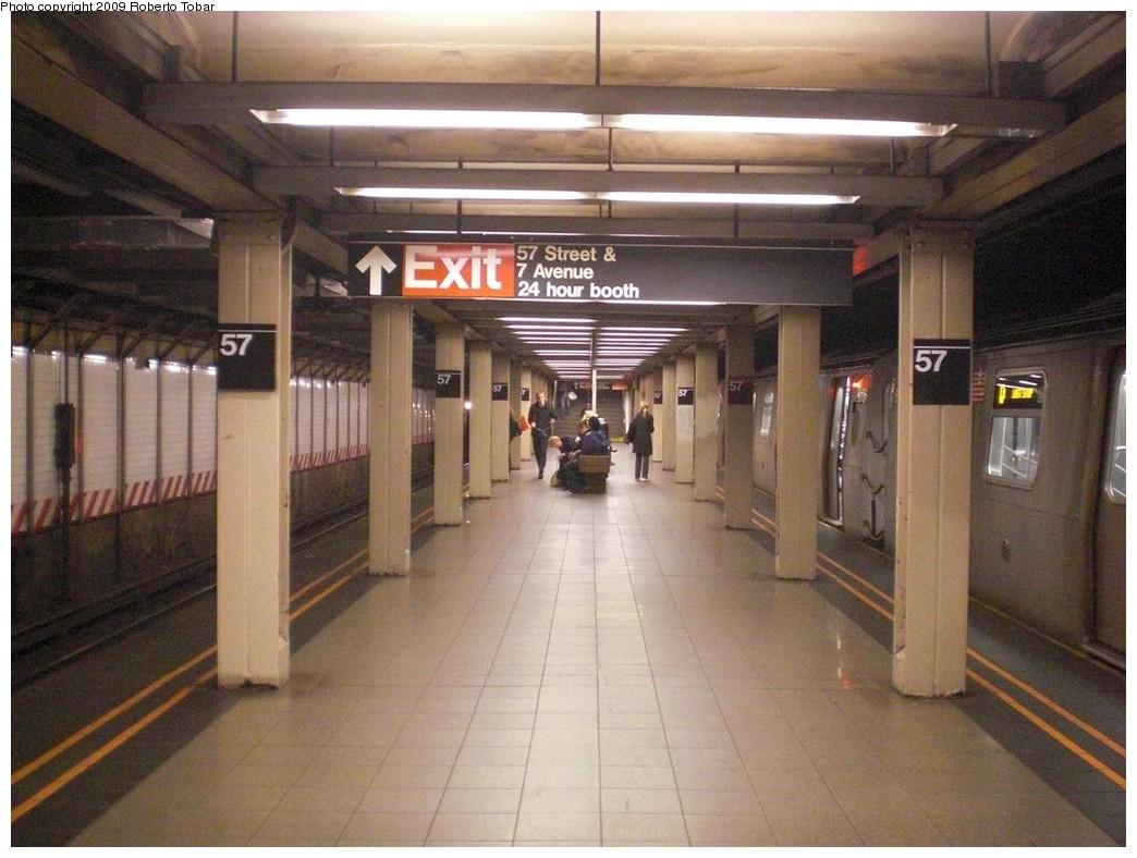 (239k, 1044x788)<br><b>Country:</b> United States<br><b>City:</b> New York<br><b>System:</b> New York City Transit<br><b>Line:</b> BMT Broadway Line<br><b>Location:</b> 57th Street <br><b>Photo by:</b> Roberto C. Tobar<br><b>Date:</b> 10/23/2009<br><b>Notes:</b> Platform view.<br><b>Viewed (this week/total):</b> 0 / 1296
