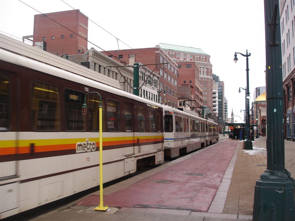 (107k, 1024x768)<br><b>Country:</b> United States<br><b>City:</b> Buffalo, NY<br><b>System:</b> NFTA-Metro<br><b>Location:</b> Lafayette Square <br><b>Car:</b>  113/115 <br><b>Photo by:</b> Fran Rogers<br><b>Date:</b> 2/14/2009<br><b>Viewed (this week/total):</b> 2 / 1305