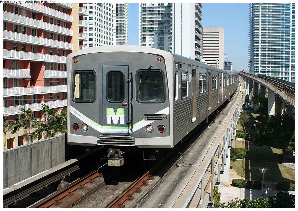 (421k, 1044x742)<br><b>Country:</b> United States<br><b>City:</b> Miami, FL<br><b>System:</b> Miami Metrorail<br><b>Location:</b> Brickell <br><b>Photo by:</b> Bob Pickering<br><b>Date:</b> 2/20/2009<br><b>Viewed (this week/total):</b> 0 / 1088
