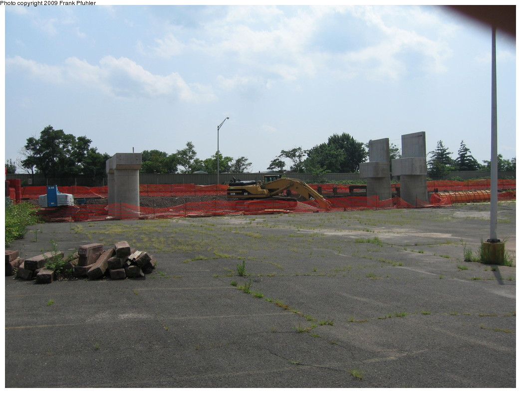 (198k, 1044x788)<br><b>Country:</b> United States<br><b>City:</b> Jersey City, NJ<br><b>System:</b> Hudson Bergen Light Rail<br><b>Location:</b> Bayonne 8th Street <br><b>Photo by:</b> Frank Pfuhler<br><b>Date:</b> 8/3/2009<br><b>Notes:</b> Construction of 8th Street extension.<br><b>Viewed (this week/total):</b> 1 / 368