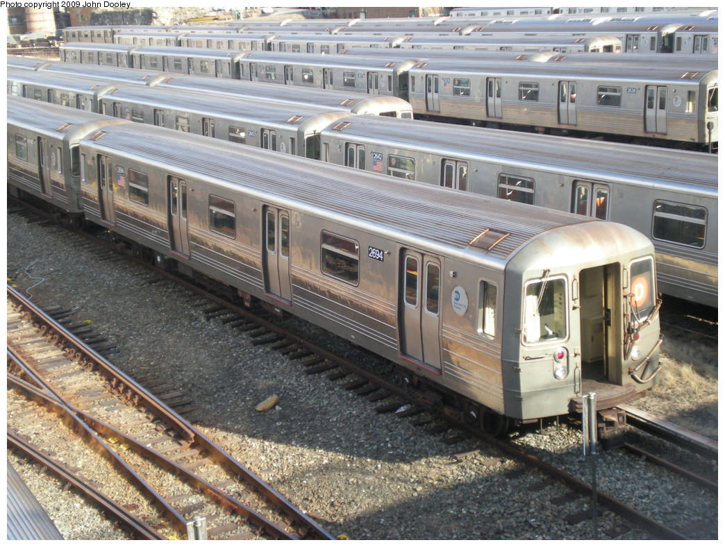 (299k, 1044x788)<br><b>Country:</b> United States<br><b>City:</b> New York<br><b>System:</b> New York City Transit<br><b>Location:</b> Concourse Yard<br><b>Car:</b> R-68 (Westinghouse-Amrail, 1986-1988)  2694 <br><b>Photo by:</b> John Dooley<br><b>Date:</b> 12/11/2009<br><b>Viewed (this week/total):</b> 1 / 902