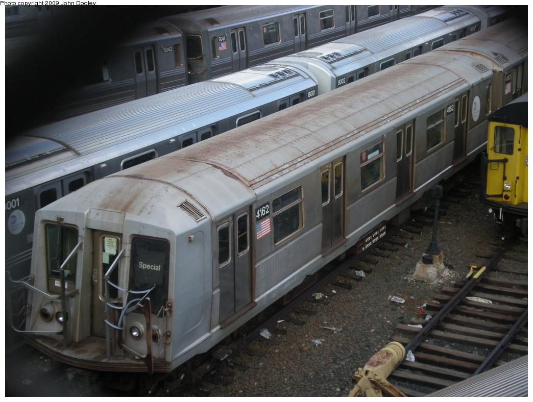 (234k, 1044x788)<br><b>Country:</b> United States<br><b>City:</b> New York<br><b>System:</b> New York City Transit<br><b>Location:</b> Concourse Yard<br><b>Car:</b> R-40 (St. Louis, 1968)  4162 <br><b>Photo by:</b> John Dooley<br><b>Date:</b> 12/11/2009<br><b>Viewed (this week/total):</b> 0 / 1079