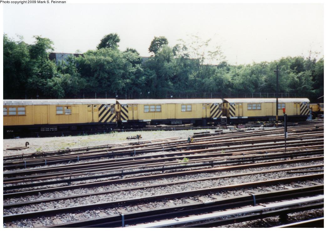(274k, 1044x737)<br><b>Country:</b> United States<br><b>City:</b> New York<br><b>System:</b> New York City Transit<br><b>Location:</b> 36th Street Yard<br><b>Car:</b> R-95 Locker Car (Revenue Train) 1R721/0R722/1R722 <br><b>Photo by:</b> Mark S. Feinman<br><b>Date:</b> 5/30/1993<br><b>Viewed (this week/total):</b> 7 / 925