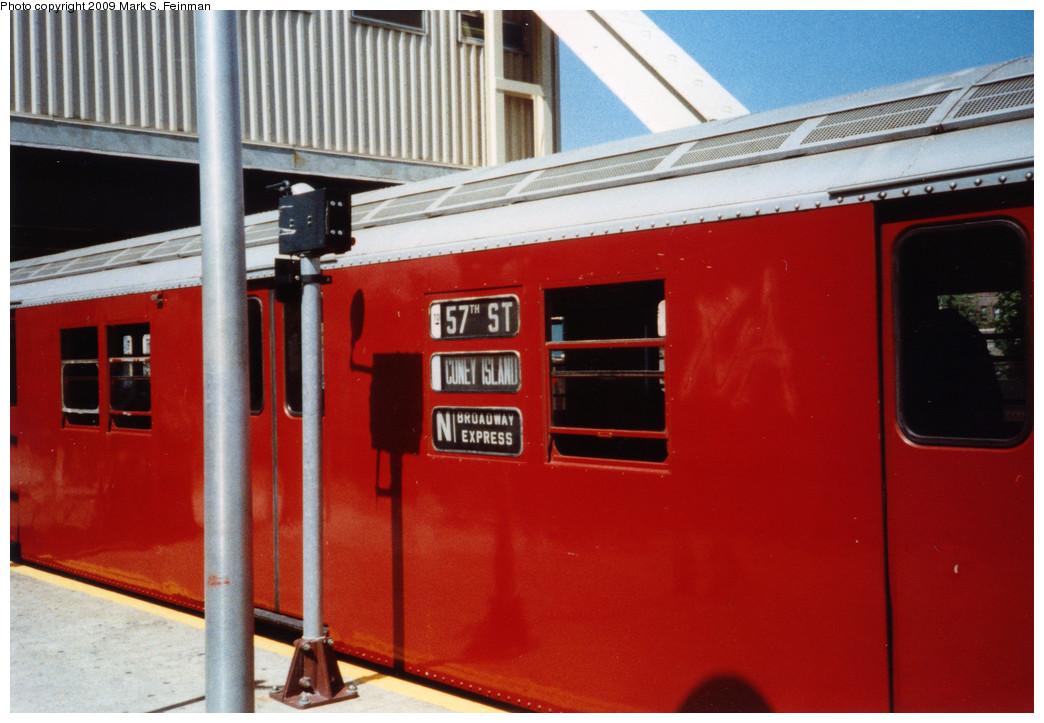 (214k, 1044x723)<br><b>Country:</b> United States<br><b>City:</b> New York<br><b>System:</b> New York City Transit<br><b>Line:</b> BMT Brighton Line<br><b>Location:</b> Kings Highway <br><b>Route:</b> Fan Trip<br><b>Car:</b> R-30 (St. Louis, 1961)  <br><b>Photo by:</b> Mark S. Feinman<br><b>Date:</b> 5/30/1993<br><b>Viewed (this week/total):</b> 3 / 1912