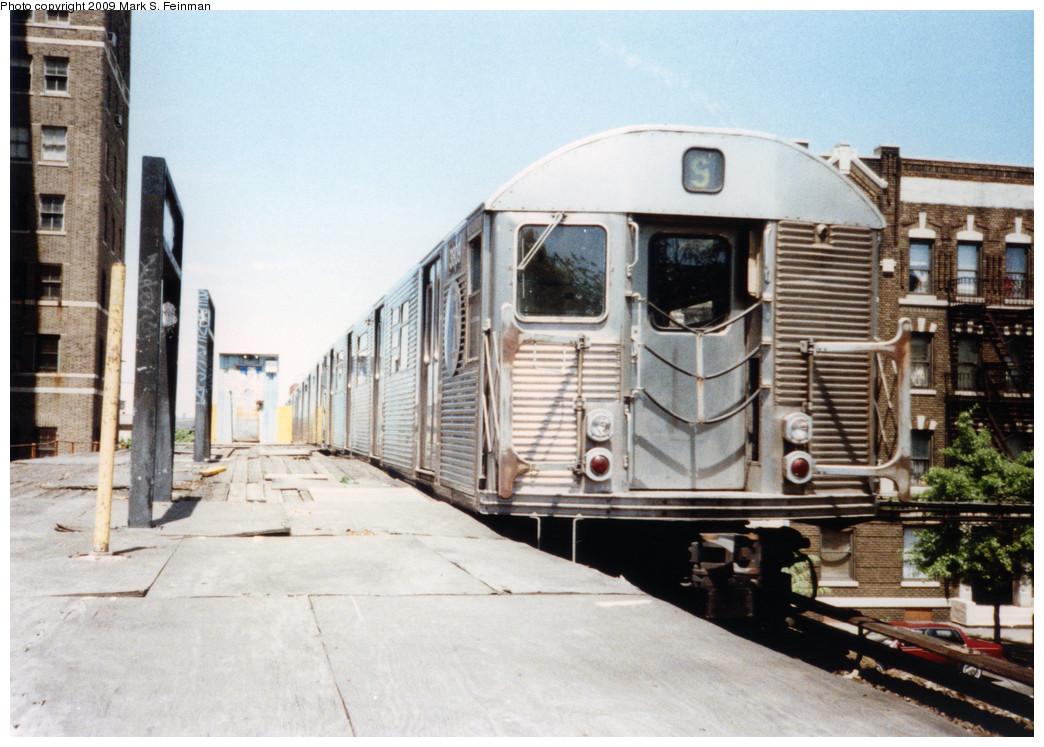 (251k, 1044x747)<br><b>Country:</b> United States<br><b>City:</b> New York<br><b>System:</b> New York City Transit<br><b>Line:</b> BMT Franklin<br><b>Location:</b> Park Place <br><b>Route:</b> Franklin Shuttle<br><b>Car:</b> R-32 (Budd, 1964)  3809 <br><b>Photo by:</b> Mark S. Feinman<br><b>Date:</b> 5/30/1993<br><b>Viewed (this week/total):</b> 3 / 2984