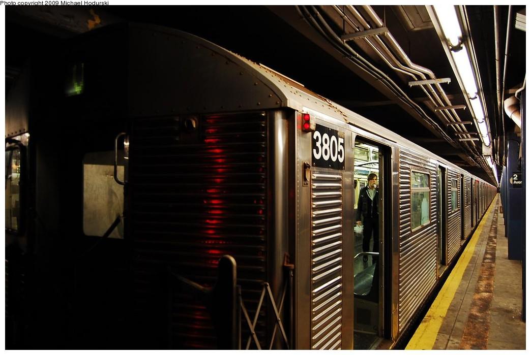 (197k, 1044x699)<br><b>Country:</b> United States<br><b>City:</b> New York<br><b>System:</b> New York City Transit<br><b>Line:</b> IND 6th Avenue Line<br><b>Location:</b> 2nd Avenue <br><b>Route:</b> V<br><b>Car:</b> R-32 (Budd, 1964)  3805 <br><b>Photo by:</b> Michael Hodurski<br><b>Date:</b> 12/10/2009<br><b>Viewed (this week/total):</b> 1 / 986