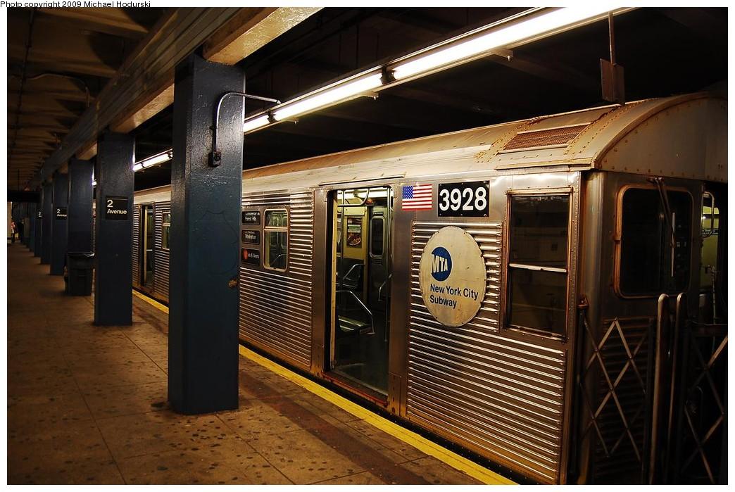 (241k, 1044x699)<br><b>Country:</b> United States<br><b>City:</b> New York<br><b>System:</b> New York City Transit<br><b>Line:</b> IND 6th Avenue Line<br><b>Location:</b> 2nd Avenue <br><b>Route:</b> V<br><b>Car:</b> R-32 (Budd, 1964)  3928 <br><b>Photo by:</b> Michael Hodurski<br><b>Date:</b> 12/10/2009<br><b>Viewed (this week/total):</b> 0 / 804