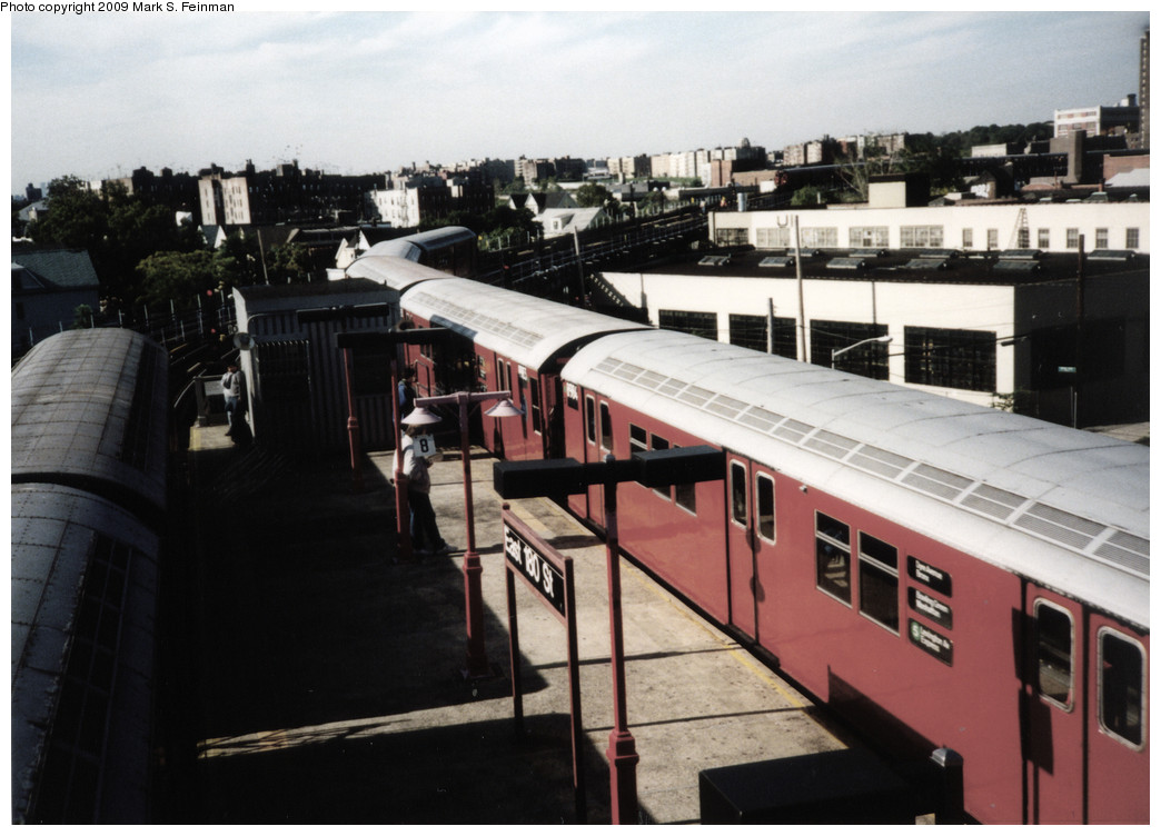 (213k, 1044x752)<br><b>Country:</b> United States<br><b>City:</b> New York<br><b>System:</b> New York City Transit<br><b>Line:</b> IRT White Plains Road Line<br><b>Location:</b> East 180th Street <br><b>Route:</b> 5<br><b>Car:</b> R-33 Main Line (St. Louis, 1962-63) 8984 <br><b>Photo by:</b> Mark S. Feinman<br><b>Date:</b> 1993<br><b>Viewed (this week/total):</b> 0 / 1608