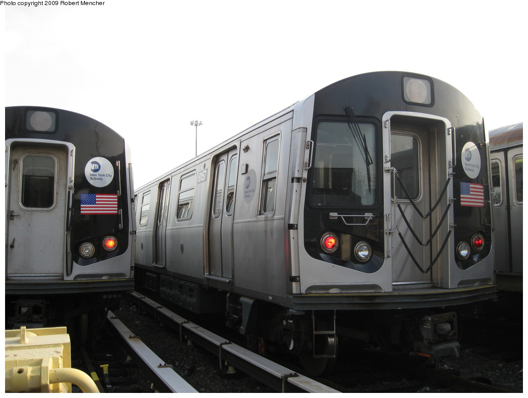 (149k, 1044x788)<br><b>Country:</b> United States<br><b>City:</b> New York<br><b>System:</b> New York City Transit<br><b>Location:</b> East New York Yard/Shops<br><b>Car:</b> R-143 (Kawasaki, 2001-2002) 8157 <br><b>Photo by:</b> Robert Mencher<br><b>Date:</b> 12/14/2009<br><b>Viewed (this week/total):</b> 1 / 630