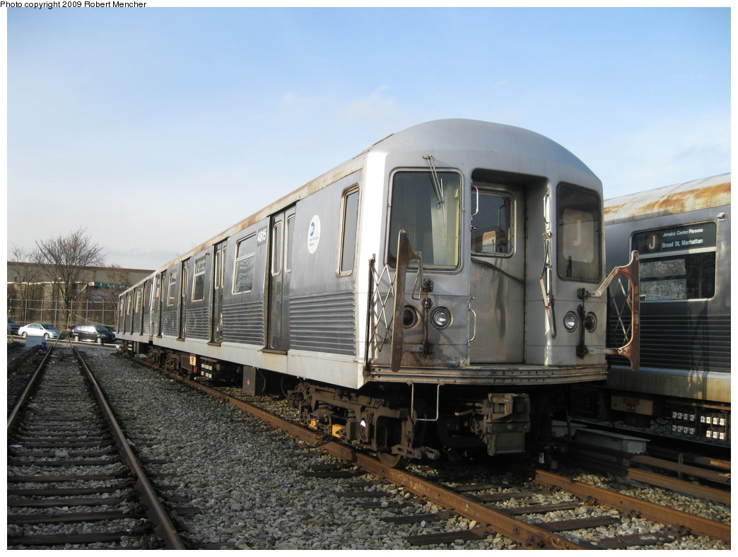 (216k, 1044x788)<br><b>Country:</b> United States<br><b>City:</b> New York<br><b>System:</b> New York City Transit<br><b>Location:</b> East New York Yard/Shops<br><b>Car:</b> R-42 (St. Louis, 1969-1970)  4815 <br><b>Photo by:</b> Robert Mencher<br><b>Date:</b> 12/14/2009<br><b>Viewed (this week/total):</b> 1 / 650