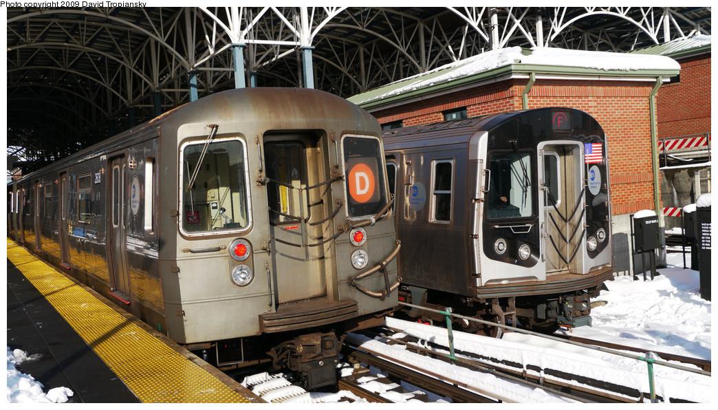 (298k, 1044x596)<br><b>Country:</b> United States<br><b>City:</b> New York<br><b>System:</b> New York City Transit<br><b>Location:</b> Coney Island/Stillwell Avenue<br><b>Photo by:</b> David Tropiansky<br><b>Date:</b> 12/20/2009<br><b>Viewed (this week/total):</b> 1 / 1049