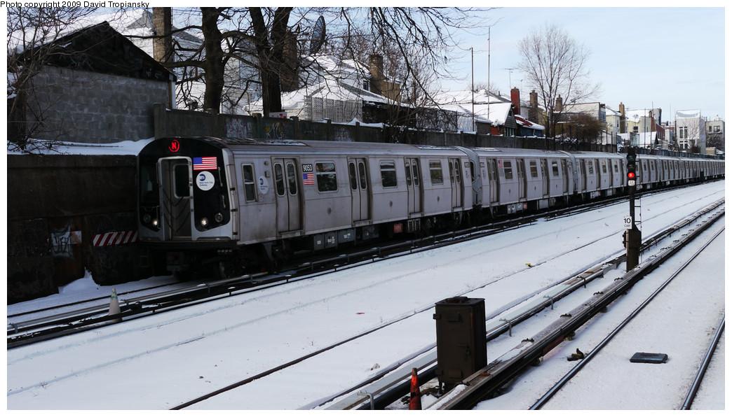 (243k, 1044x596)<br><b>Country:</b> United States<br><b>City:</b> New York<br><b>System:</b> New York City Transit<br><b>Line:</b> BMT Sea Beach Line<br><b>Location:</b> 86th Street <br><b>Route:</b> N<br><b>Car:</b> R-160B (Option 1) (Kawasaki, 2008-2009)  9053 <br><b>Photo by:</b> David Tropiansky<br><b>Date:</b> 12/20/2009<br><b>Viewed (this week/total):</b> 0 / 1129
