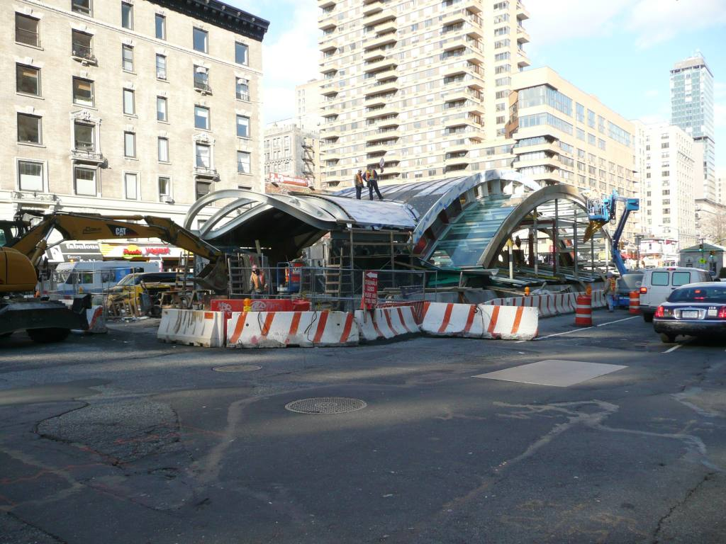 (131k, 1024x768)<br><b>Country:</b> United States<br><b>City:</b> New York<br><b>System:</b> New York City Transit<br><b>Line:</b> IRT West Side Line<br><b>Location:</b> 96th Street <br><b>Photo by:</b> Robbie Rosenfeld<br><b>Date:</b> 12/10/2009<br><b>Notes:</b> Construction of new headhouse.<br><b>Viewed (this week/total):</b> 1 / 881