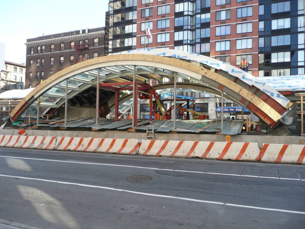 (154k, 1024x768)<br><b>Country:</b> United States<br><b>City:</b> New York<br><b>System:</b> New York City Transit<br><b>Line:</b> IRT West Side Line<br><b>Location:</b> 96th Street <br><b>Photo by:</b> Robbie Rosenfeld<br><b>Date:</b> 12/10/2009<br><b>Notes:</b> Construction of new headhouse.<br><b>Viewed (this week/total):</b> 0 / 862