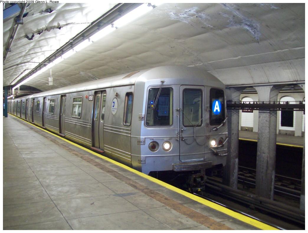 (200k, 1044x788)<br><b>Country:</b> United States<br><b>City:</b> New York<br><b>System:</b> New York City Transit<br><b>Line:</b> IND 8th Avenue Line<br><b>Location:</b> 190th Street/Overlook Terrace <br><b>Route:</b> A<br><b>Car:</b> R-46 (Pullman-Standard, 1974-75) 6168 <br><b>Photo by:</b> Glenn L. Rowe<br><b>Date:</b> 12/18/2009<br><b>Viewed (this week/total):</b> 5 / 1049