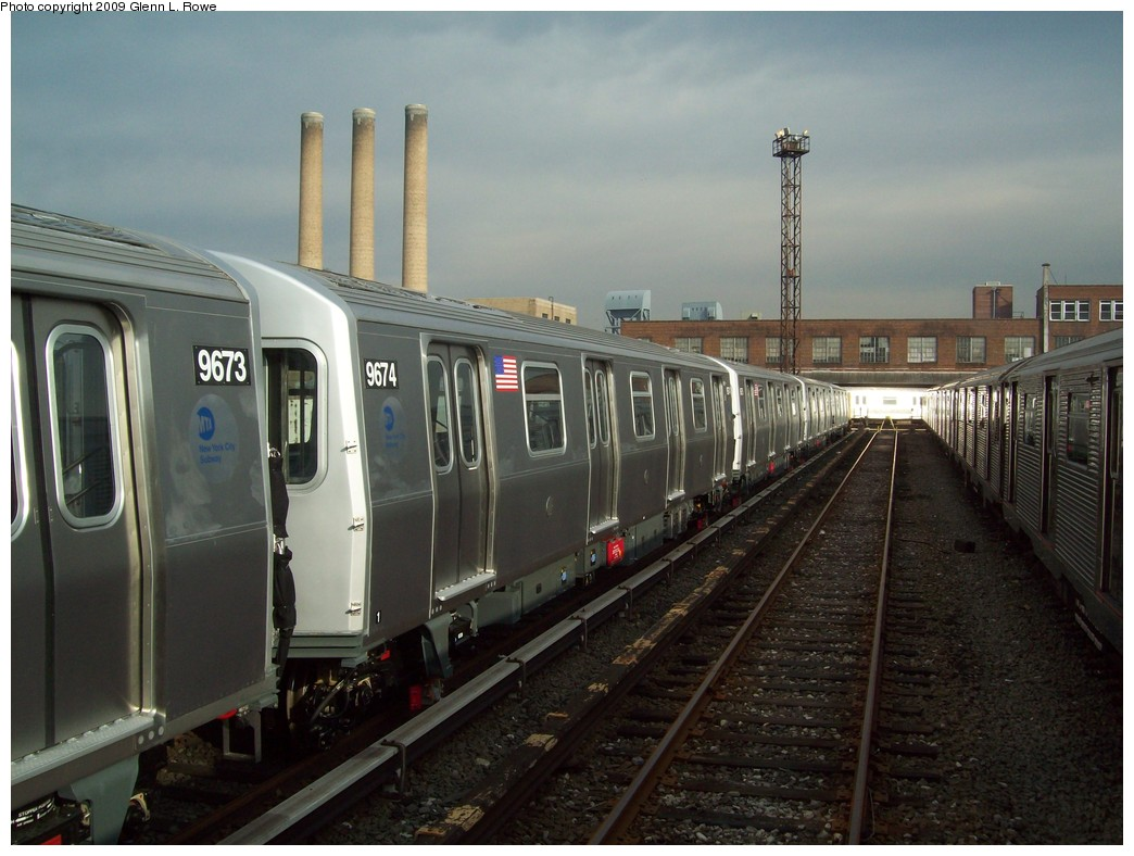 (198k, 1044x788)<br><b>Country:</b> United States<br><b>City:</b> New York<br><b>System:</b> New York City Transit<br><b>Location:</b> 207th Street Yard<br><b>Car:</b> R-160A (Option 2) (Alstom, 2009, 5-car sets)  9674 <br><b>Photo by:</b> Glenn L. Rowe<br><b>Date:</b> 12/7/2009<br><b>Viewed (this week/total):</b> 0 / 944