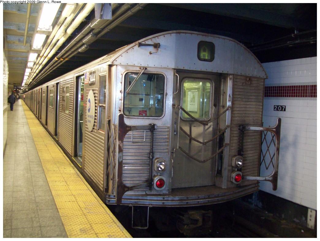 (220k, 1044x788)<br><b>Country:</b> United States<br><b>City:</b> New York<br><b>System:</b> New York City Transit<br><b>Line:</b> IND 8th Avenue Line<br><b>Location:</b> 207th Street <br><b>Route:</b> A<br><b>Car:</b> R-32 (Budd, 1964)  3444 <br><b>Photo by:</b> Glenn L. Rowe<br><b>Date:</b> 12/15/2009<br><b>Viewed (this week/total):</b> 1 / 743