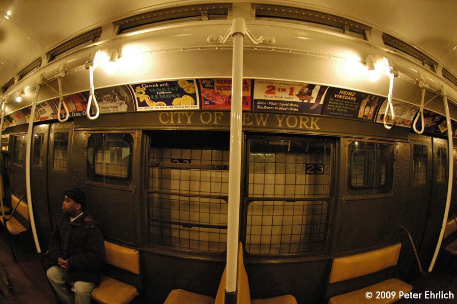 (209k, 930x618)<br><b>Country:</b> United States<br><b>City:</b> New York<br><b>System:</b> New York City Transit<br><b>Car:</b> R-1 (American Car & Foundry, 1930-1931) 100 <br><b>Photo by:</b> Peter Ehrlich<br><b>Date:</b> 12/13/2009<br><b>Viewed (this week/total):</b> 0 / 669