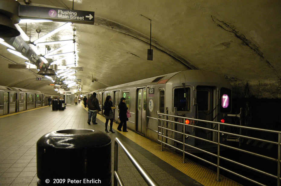 (182k, 930x618)<br><b>Country:</b> United States<br><b>City:</b> New York<br><b>System:</b> New York City Transit<br><b>Line:</b> IRT Flushing Line<br><b>Location:</b> Grand Central <br><b>Car:</b> R-62A (Bombardier, 1984-1987)  1651 <br><b>Photo by:</b> Peter Ehrlich<br><b>Date:</b> 12/6/2009<br><b>Notes:</b> Outbound<br><b>Viewed (this week/total):</b> 2 / 1203