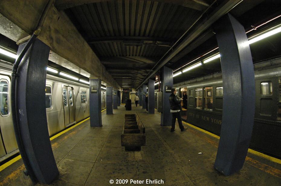 (176k, 930x618)<br><b>Country:</b> United States<br><b>City:</b> New York<br><b>System:</b> New York City Transit<br><b>Line:</b> IND 6th Avenue Line<br><b>Location:</b> 2nd Avenue <br><b>Car:</b> R-160B (Option 2) (Kawasaki, 2009)  9856 <br><b>Photo by:</b> Peter Ehrlich<br><b>Date:</b> 12/13/2009<br><b>Notes:</b> Outbound, with R1 381 on right.<br><b>Viewed (this week/total):</b> 0 / 1626