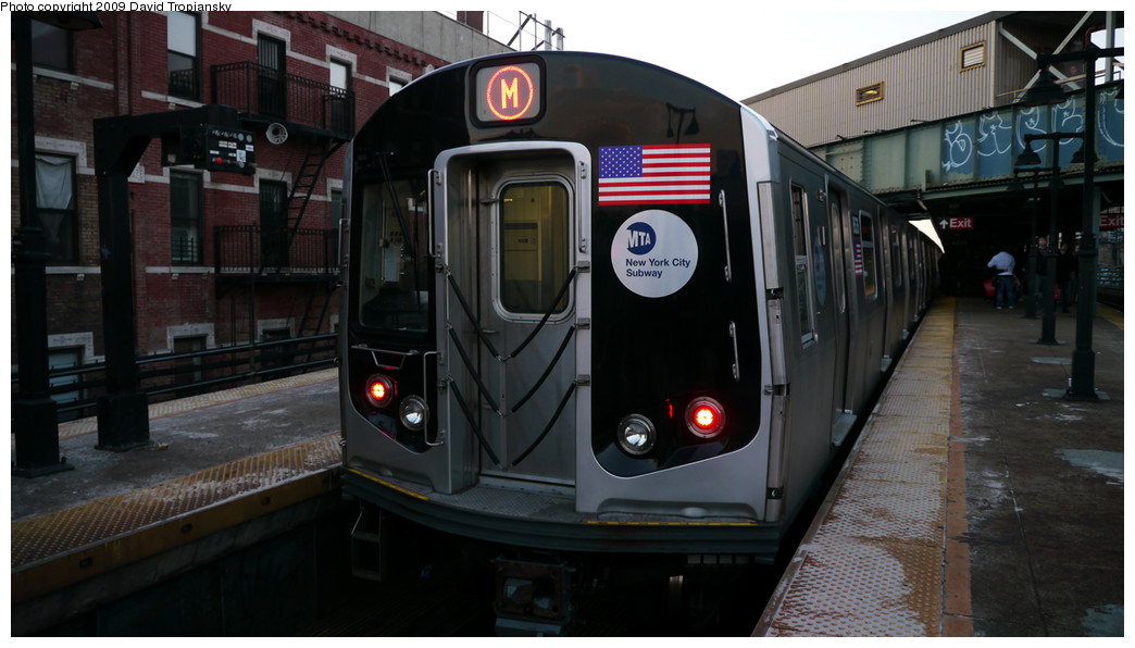(195k, 1044x596)<br><b>Country:</b> United States<br><b>City:</b> New York<br><b>System:</b> New York City Transit<br><b>Line:</b> BMT Nassau Street/Jamaica Line<br><b>Location:</b> Myrtle Avenue <br><b>Route:</b> M<br><b>Car:</b> R-160A-1 (Alstom, 2005-2008, 4 car sets)  8636 <br><b>Photo by:</b> David Tropiansky<br><b>Date:</b> 12/27/2009<br><b>Viewed (this week/total):</b> 0 / 1179