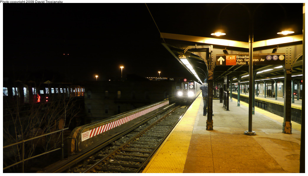 (209k, 1044x596)<br><b>Country:</b> United States<br><b>City:</b> New York<br><b>System:</b> New York City Transit<br><b>Line:</b> BMT Nassau Street/Jamaica Line<br><b>Location:</b> Broadway/East New York (Broadway Junction) <br><b>Route:</b> J<br><b>Car:</b> R-160A-1 (Alstom, 2005-2008, 4 car sets)   <br><b>Photo by:</b> David Tropiansky<br><b>Date:</b> 12/27/2009<br><b>Viewed (this week/total):</b> 0 / 1425