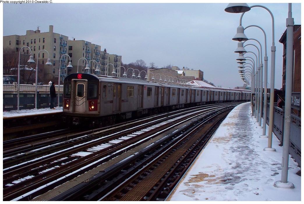 (247k, 1044x701)<br><b>Country:</b> United States<br><b>City:</b> New York<br><b>System:</b> New York City Transit<br><b>Line:</b> IRT White Plains Road Line<br><b>Location:</b> 174th Street <br><b>Route:</b> 5<br><b>Car:</b> R-142 (Primary Order, Bombardier, 1999-2002)  6931 <br><b>Photo by:</b> Oswaldo C.<br><b>Date:</b> 12/31/2009<br><b>Viewed (this week/total):</b> 1 / 1172