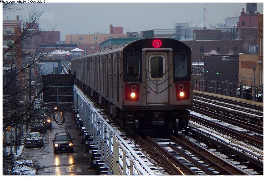 (246k, 1044x701)<br><b>Country:</b> United States<br><b>City:</b> New York<br><b>System:</b> New York City Transit<br><b>Line:</b> IRT White Plains Road Line<br><b>Location:</b> 174th Street <br><b>Route:</b> 5<br><b>Car:</b> R-142 or R-142A (Number Unknown)  <br><b>Photo by:</b> Oswaldo C.<br><b>Date:</b> 12/31/2009<br><b>Viewed (this week/total):</b> 3 / 1356