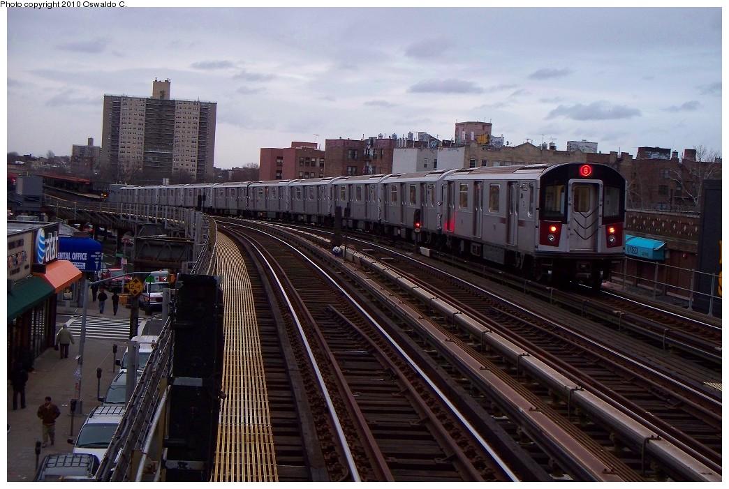 (231k, 1044x701)<br><b>Country:</b> United States<br><b>City:</b> New York<br><b>System:</b> New York City Transit<br><b>Line:</b> IRT Pelham Line<br><b>Location:</b> Elder Avenue <br><b>Route:</b> 6<br><b>Car:</b> R-142A (Primary Order, Kawasaki, 1999-2002)  7535 <br><b>Photo by:</b> Oswaldo C.<br><b>Date:</b> 1/3/2010<br><b>Viewed (this week/total):</b> 0 / 1138