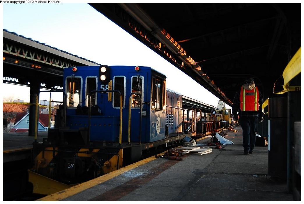 (194k, 1044x699)<br><b>Country:</b> United States<br><b>City:</b> New York<br><b>System:</b> New York City Transit<br><b>Line:</b> BMT Culver Line<br><b>Location:</b> 18th Avenue <br><b>Route:</b> Work Service<br><b>Car:</b> R-41 Locomotive  58 <br><b>Photo by:</b> Michael Hodurski<br><b>Date:</b> 1/9/2010<br><b>Viewed (this week/total):</b> 0 / 823