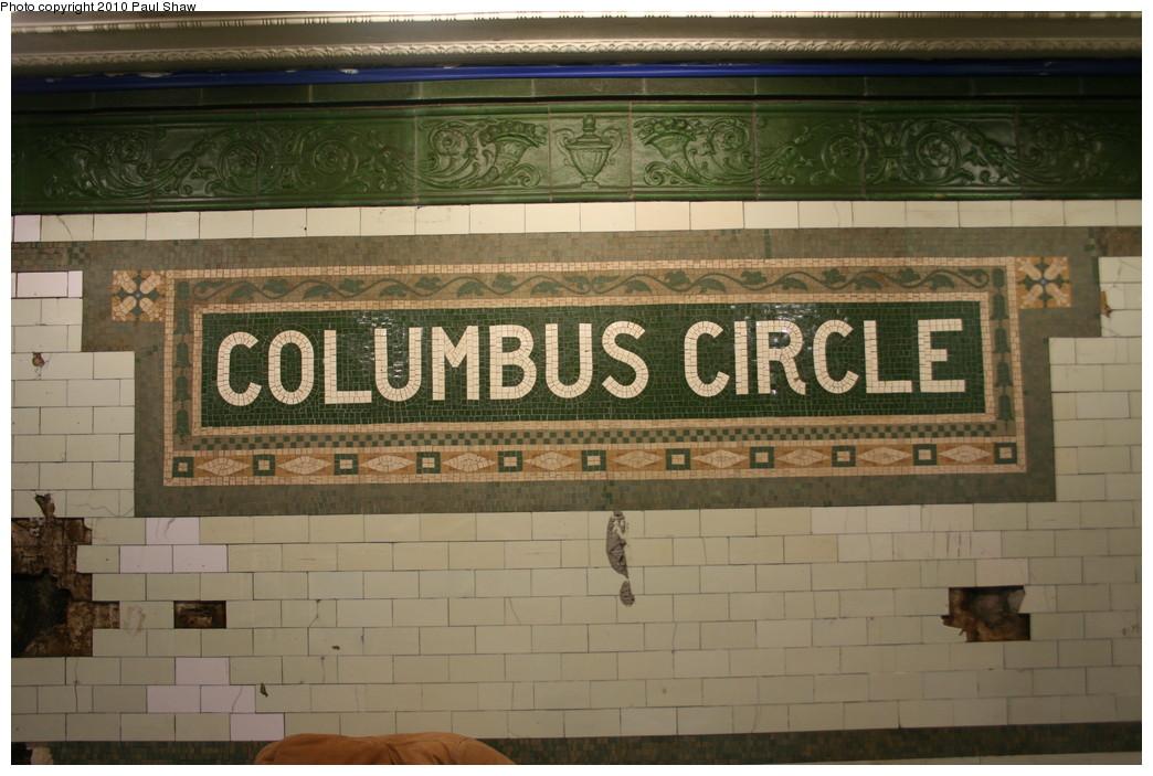 (204k, 1044x703)<br><b>Country:</b> United States<br><b>City:</b> New York<br><b>System:</b> New York City Transit<br><b>Line:</b> IRT West Side Line<br><b>Location:</b> 59th Street/Columbus Circle <br><b>Photo by:</b> Paul Shaw<br><b>Date:</b> 1/9/2010<br><b>Notes:</b> Original mosaic panel at Columbus Circle.<br><b>Viewed (this week/total):</b> 1 / 855