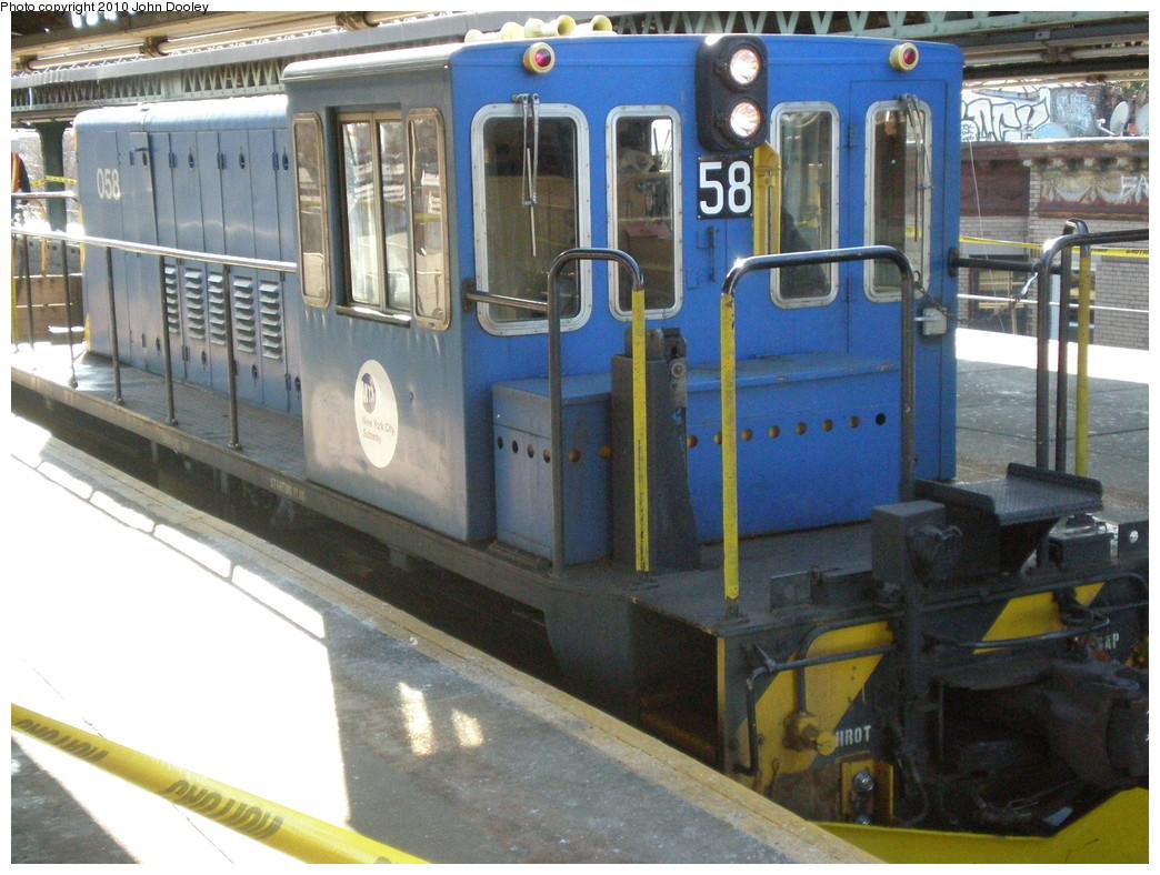 (247k, 1044x788)<br><b>Country:</b> United States<br><b>City:</b> New York<br><b>System:</b> New York City Transit<br><b>Line:</b> BMT Culver Line<br><b>Location:</b> 18th Avenue <br><b>Route:</b> Work Service<br><b>Car:</b> R-41 Locomotive  58 <br><b>Photo by:</b> John Dooley<br><b>Date:</b> 1/9/2010<br><b>Viewed (this week/total):</b> 2 / 768