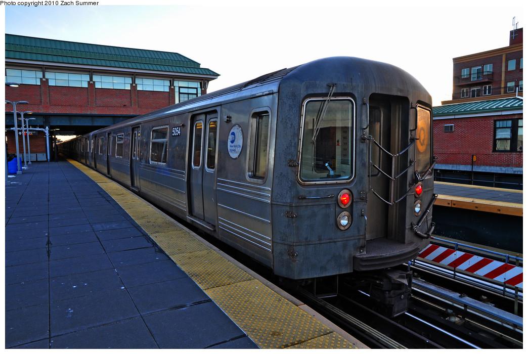 (269k, 1044x700)<br><b>Country:</b> United States<br><b>City:</b> New York<br><b>System:</b> New York City Transit<br><b>Location:</b> Coney Island/Stillwell Avenue<br><b>Route:</b> Q<br><b>Car:</b> R-68A (Kawasaki, 1988-1989)  5054 <br><b>Photo by:</b> Zach Summer<br><b>Date:</b> 1/6/2010<br><b>Viewed (this week/total):</b> 3 / 1133
