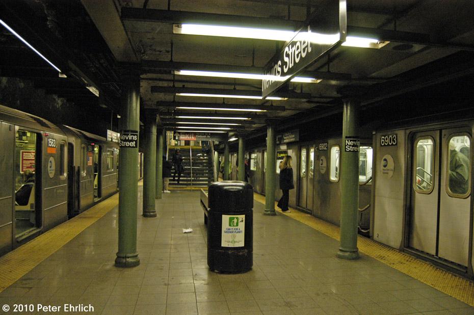 (202k, 930x618)<br><b>Country:</b> United States<br><b>City:</b> New York<br><b>System:</b> New York City Transit<br><b>Line:</b> IRT Brooklyn Line<br><b>Location:</b> Nevins Street <br><b>Route:</b> 3<br><b>Car:</b> R-62 (Kawasaki, 1983-1985)  1563 <br><b>Photo by:</b> Peter Ehrlich<br><b>Date:</b> 1/6/2010<br><b>Notes:</b> Inbound.  6903 inbound on right.<br><b>Viewed (this week/total):</b> 2 / 3819