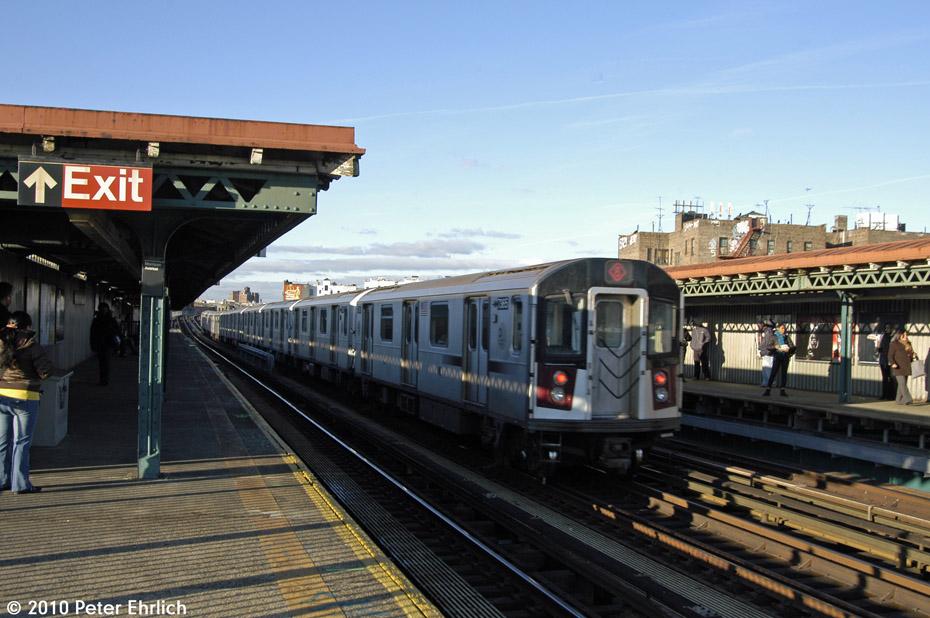 (177k, 930x618)<br><b>Country:</b> United States<br><b>City:</b> New York<br><b>System:</b> New York City Transit<br><b>Line:</b> IRT Pelham Line<br><b>Location:</b> Morrison/Soundview Aves. <br><b>Route:</b> 6<br><b>Car:</b> R-142A (Primary Order, Kawasaki, 1999-2002)  7365 <br><b>Photo by:</b> Peter Ehrlich<br><b>Date:</b> 1/6/2010<br><b>Notes:</b> Inbound. Trailing view, express.<br><b>Viewed (this week/total):</b> 1 / 1190