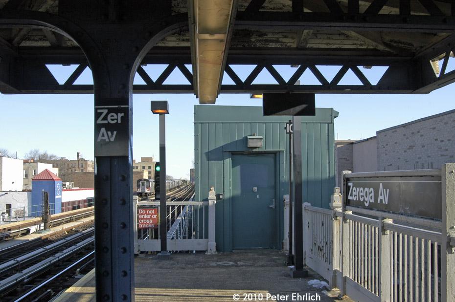 (178k, 930x618)<br><b>Country:</b> United States<br><b>City:</b> New York<br><b>System:</b> New York City Transit<br><b>Line:</b> IRT Pelham Line<br><b>Location:</b> Zerega Avenue <br><b>Route:</b> 6<br><b>Car:</b> R-142A (Primary Order, Kawasaki, 1999-2002)  7461 <br><b>Photo by:</b> Peter Ehrlich<br><b>Date:</b> 1/6/2010<br><b>Notes:</b> Inbound<br><b>Viewed (this week/total):</b> 0 / 1264