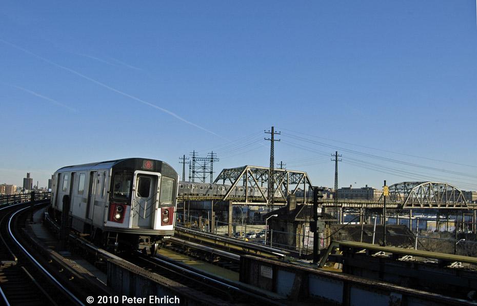 (141k, 930x597)<br><b>Country:</b> United States<br><b>City:</b> New York<br><b>System:</b> New York City Transit<br><b>Line:</b> IRT Pelham Line<br><b>Location:</b> Whitlock Avenue <br><b>Route:</b> 6<br><b>Car:</b> R-142A (Primary Order, Kawasaki, 1999-2002)  7561 <br><b>Photo by:</b> Peter Ehrlich<br><b>Date:</b> 1/6/2010<br><b>Notes:</b> Inbound<br><b>Viewed (this week/total):</b> 0 / 870