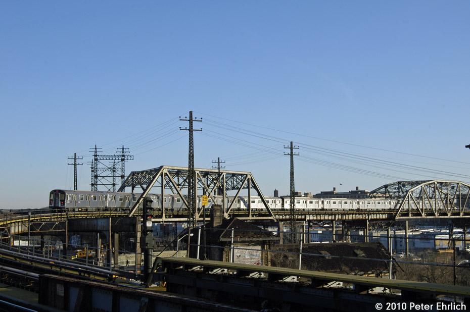 (152k, 930x618)<br><b>Country:</b> United States<br><b>City:</b> New York<br><b>System:</b> New York City Transit<br><b>Line:</b> IRT Pelham Line<br><b>Location:</b> Whitlock Avenue <br><b>Route:</b> 6<br><b>Car:</b> R-142A (Primary Order, Kawasaki, 1999-2002)  7575 <br><b>Photo by:</b> Peter Ehrlich<br><b>Date:</b> 1/6/2010<br><b>Notes:</b> Outbound<br><b>Viewed (this week/total):</b> 1 / 878