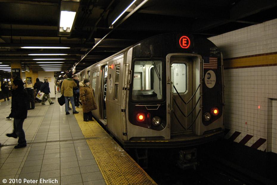 (175k, 930x620)<br><b>Country:</b> United States<br><b>City:</b> New York<br><b>System:</b> New York City Transit<br><b>Line:</b> IND 8th Avenue Line<br><b>Location:</b> 14th Street <br><b>Route:</b> E<br><b>Car:</b> R-160B (Option 1) (Kawasaki, 2008-2009)  9212 <br><b>Photo by:</b> Peter Ehrlich<br><b>Date:</b> 1/6/2010<br><b>Notes:</b> Outbound<br><b>Viewed (this week/total):</b> 1 / 1388