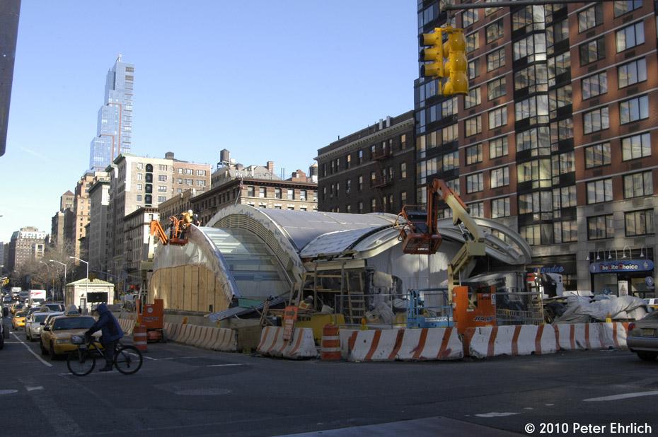 (183k, 930x618)<br><b>Country:</b> United States<br><b>City:</b> New York<br><b>System:</b> New York City Transit<br><b>Line:</b> IRT West Side Line<br><b>Location:</b> 96th Street <br><b>Photo by:</b> Peter Ehrlich<br><b>Date:</b> 1/6/2010<br><b>Notes:</b> New entrance to 96th Street Station under construction.<br><b>Viewed (this week/total):</b> 2 / 947