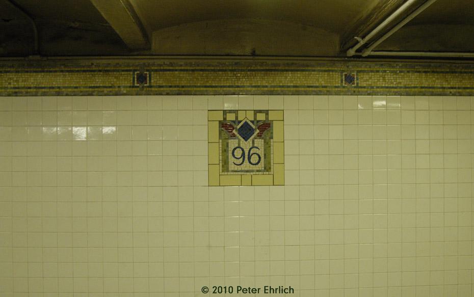 (119k, 930x583)<br><b>Country:</b> United States<br><b>City:</b> New York<br><b>System:</b> New York City Transit<br><b>Line:</b> IRT East Side Line<br><b>Location:</b> 96th Street <br><b>Photo by:</b> Peter Ehrlich<br><b>Date:</b> 1/6/2010<br><b>Notes:</b> Tilework on Mezzanine.<br><b>Viewed (this week/total):</b> 0 / 690